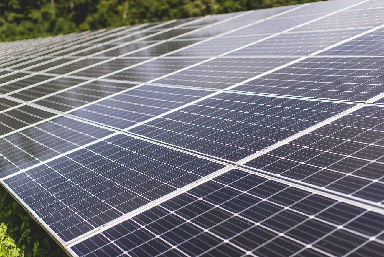 Erneuerbare Energien decken in den ersten drei Quartalen 48 Prozent des Stromverbrauchs